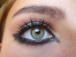 arabic cat eye makeup photo 1