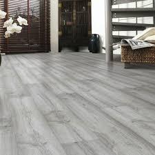 Image 12mm Dartmooroak500x500jpg Tilehaven Laminate Flooring