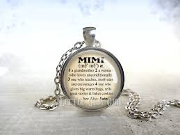 mimi dictionary definition necklace or