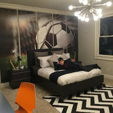 Pre-teen boy, soccer enthusiast bedroom. #preteenbedroom #soccer #bedroom