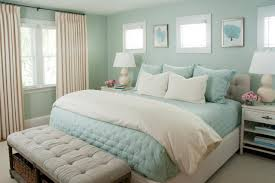 loves this dreamy coastal bedroom with seafoam green