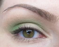 eotd easy to wear green eyeshadow look