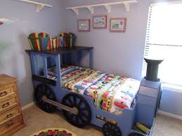 train toddler bed set