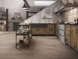 Pavimenti Per Interni Rustici : Piastrelle per il pavimento della cucina cose di casa