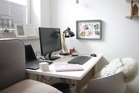Welche sind die passendsten farben. Schlafzimmer Mit Schreibtisch Einrichten Caseconrad Com