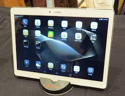 huawei 10 inch tablet. the huawei mediapad m2 m10 measures less than 0.3 inches thick and weighs about 1.1 pounds. 10 inch tablet s