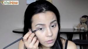 how to apply makeup at home for a natural and beautiful look canvas240 437997