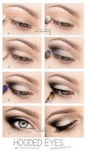 almond eyes căutare google