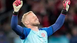 Euro 2020: Kasper Schmeichel recalls 'great moment' Christian Eriksen  visited training following collapse - CNN