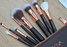good as gold zoeva rose gold makeup brush set