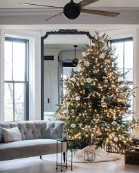 Christmas Decorating Tips from a Decked-Out Brooklyn Brownstone