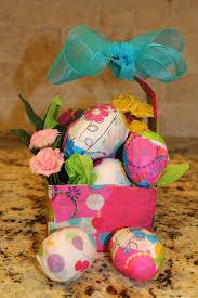 Paper Mache Decorating Easter Egg Decorating Idea 1 Papier Mache