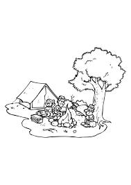 Kleurplaat Op Vakantie Naar De Camping Met Een Kampvuur 9075