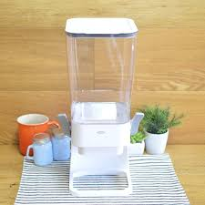 it is oxo good grips countertop cereal dispenser clear white in オクソシリアルディスペンサードッグフード