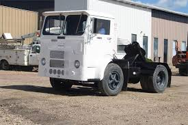 1990 White 6064t 06 Yard Spotter Truck For Sale Jackson Mn G665