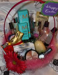 Very great idea! Give your wife an Easter basket with make-up and ...