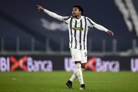Bias siparte gol oh dilakukan gol oh namun gol va mirko vucinic, vucinic, traversa incredibile, occasionissima per la juventus si accende subito e il tiro di pirlo la parata di de sanctis rimpallo in mezzo attenzione palla rimane lì. Italian Super Cup Game Time Thread Juventus Vs Napoli Black White Read All Over