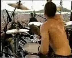 <b>Rage Against The Machine</b> - Killing In The Name - 1993 - YouTube
