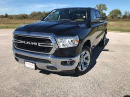 NEW 2019 RAM 1500 BIG HORN / LONE STAR CREW CAB 4X2 5'7 BOX