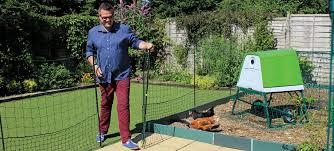Chicken Wire Fence Gate Diy Fence Ideas Simple Chicken Wire