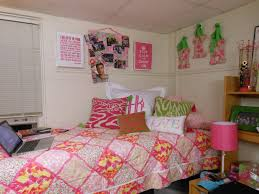 lilly pulitzer bedding the pink and green prep decorating your dorm room tuesday may monet bohemian fern lily comforter garnet hill duvet covers twin