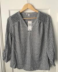 nwt dalia collection blouse rayon blue gray geometric print