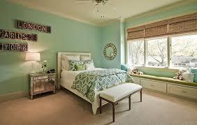 girl teenager bedroom paint