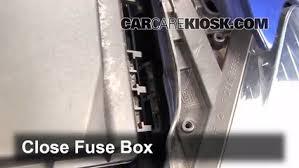 saturn astra xe fuse box diagram image blown fuse check 2008 2008 saturn astra 2008 saturn astra xr 1 8 on 2008 saturn
