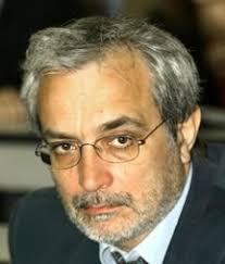 di Vincenzo Pascale. Eugenio Mazzarella (foto), filosofo, ... - mazzarella