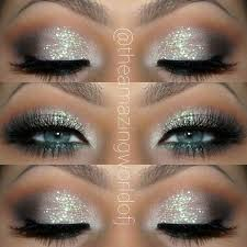 the pretty eye makeup and glitter
