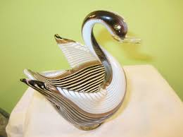 vintage murano glass swan bowl to expand
