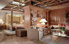 In the example of this bedroom we can see two different visualizations, two  differently designed