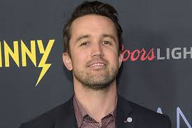Fat Into Mac 'sunny Detail About Rob Mcelhenney Goes Graphic OTOnSrwq