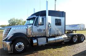 INTERNATIONAL LONESTAR American Tractor Unit With Sleeper For Sale ...