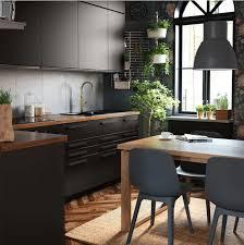 Ikea le n du mobilier et de la dcoration en france. Cuisine Equipee Ikea But Schmidt Le Comparatif Monsieur Peinture