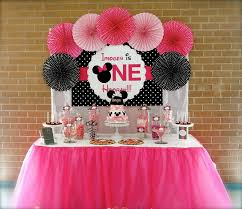 Pink And Black Minnie Mouse Decorations Minnie Mouse First Birthday Party Via Little Wish Parties