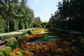 file dallas arboretum and botanical garden september 2017 12 lay family garden jpg