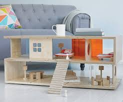 'S' Coffee Table Also Works as a Cute Dollhouse