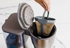 Café drip coffee maker has a very attractive design that will make an impact to any modern kitchen countertop. Cafe Drip 10 Cup Coffee Maker With Wifi Matte White Okinus Online Shop