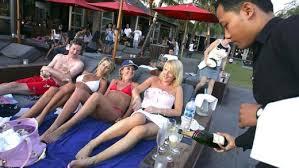 Resultado de imagen de pacific partying