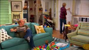 Good Luck Charlie Living Room The Duncans Denver Home Good Luck Charlie  Turquoise Sofa On How