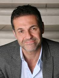 khaled hosseini af novelist physician the kite runner  khaled hosseini author of the acclaimed the kite runner and my all time favorite a thousand splendid suns now his latest book and the mountains