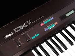 yamaha dx7. classic gear spotlight: yamaha dx7 fm synthesizer dx7
