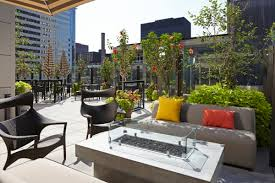 Living Room Bar Chicago Raised Chicago Is Raising The Bar In Rooftop Venue Chicago Woman