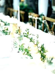 table runners for round tables centerpieces for round tables here are centerpieces for round tables minimalist
