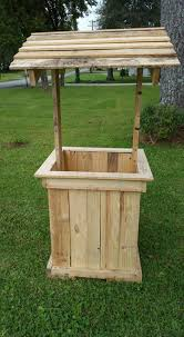 pinterest pallet furniture. Wishing Well Out Of Pallets | Pallet Furniture Using For Woodworking Pinterest Furniture, And Projects