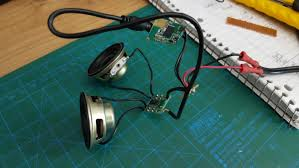 diy bluetooth speaker mwh projects blog wiring it together did not go as simple as i thought it would either i tried connecting wires directly from the pins of the audio jack to the amplifier