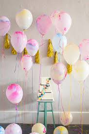 diy marbled balloons