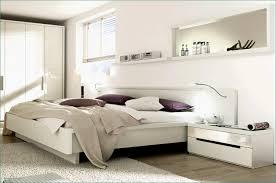 Geräumiges Wohnzimmer Weißse Wandfarbe Grau Schöne Einrichtungsideen