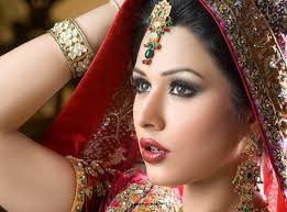 bridal makeup looks smokey eye brown eyes pictures tips blonde